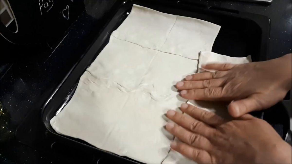 Milföylü Yufkalı Baton Börek Tarifi Videosu