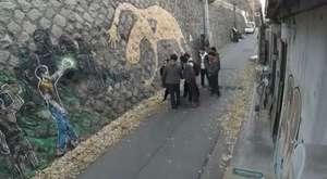 Sokak Arasında 6 Erkeğin Tacizine Uğrayan Genç Kız