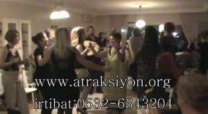 Galatasaraf,fenerbahçe maç öncesi dansöz