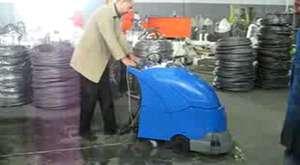 Zemin Temizleme Makinası Elektrikli CLEANVAC E 4501