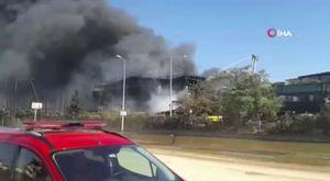 Park halindeki lüks cip alev alev yandı