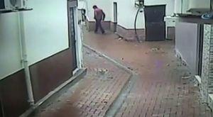 Akıllı telefon hırsızı kameraya yakalandı