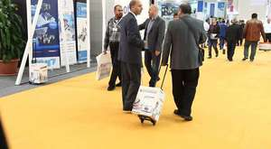 Baby carry Messe Trolley - www.expo-box.com
