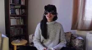 İnternetten Kendine Sevgili Arayan Kız !