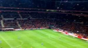 Elmander Golü Sonrası Tribün Şov (Galatasaray 3-1 fb) TT Arena [HD] [1080p]