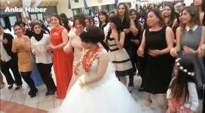 Harika bir düğün ! Yok Böyle Bir Düğün, Damat Tarafına Dikkat