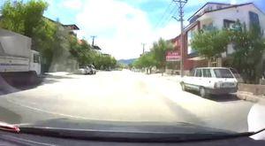 Trafikte tehlikeli şov