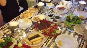 İftar Yemeğinden Sonra Türk Kahvesi Zamanı