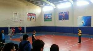 Okulumuz Öğretmenleri ile Basket Takımı Arasındaki Maç