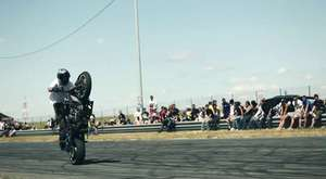 StuntBums: 2013 Kawasaki Ninja ZX-6r 636 Stuntbike