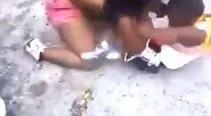 Sokak Kavgaları - Kızlar Fena Kapışıyor