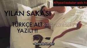 Erkek Adamın Tayt Giyme Şakası - Türkçe Alt Yazılı