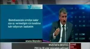 TÜRK BAYRAĞI YERİNE PKK PAÇAVRASI DALGALANIYOR