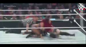 The Bella Twins vs. Charlotte & Becky [27.08.2015]