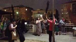 Forum öncesi cihangir sokaklarında mini yürüyüş ve foruma davet.