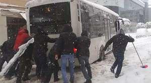Halk Otobüsü Kara Saplandı 2