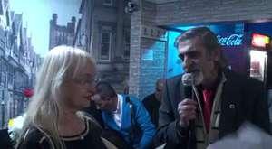 İzmir Dilek Kafe de şiir