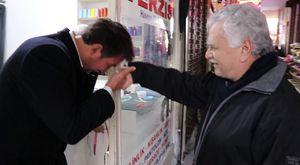 Akhisar'daki Demokrasi Nöbetinin 7.gününde Selçuk Özdağ Akhisarlılara seslendi