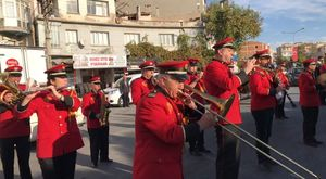 MHP Manisa Milletvekilleri Akhisar'da Kahvaltıda Buluştu