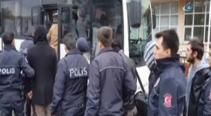Bursa'da otobüs şoförü çekiçle dövdü