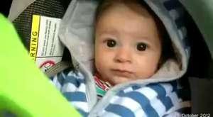Beatbox yapan 1 yaşındaki bebek :)))