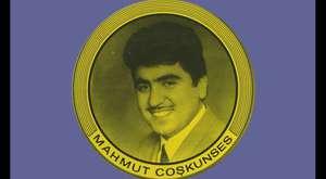 Mahmut Coşkunses - Garibim Yüzüm Gülmez