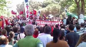 Gezi Parkı Müdahaleye Rağmen Coşkulu