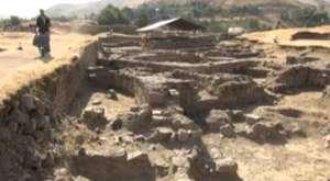 Bitlis Kalesi'nde kazı çalışmaları devam ediyor