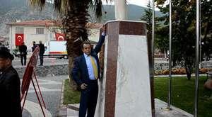 1654 Yaşındaki Anıt Zeytin Ağacında Hasat