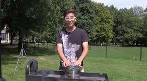 Manyetik yükselme sağlayan sehpa