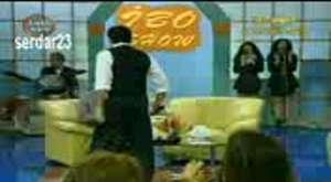 ibo show uzun hava muslum gurses 2009 - YouTube