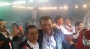 MHP'li Parsak, doğduğu beldede asker uğurlama törenine katıldı