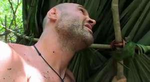 İnsan doğaya karşı - Malezya Tropik Adası Bear Grylls HD