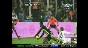 Rüştü Rençber'le Burak Yılmaz'ın penaltı diyaloğu