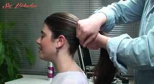 Muz Saç Topuzu Nasıl Yapılır