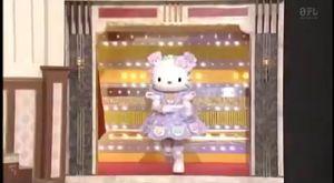 avril-lavigne--meets-hello-kitty-personally-xd
