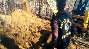 Polisin Aradığı Altınlar Kanalizasyondan Çıktı